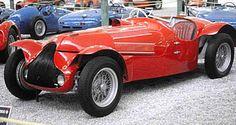 L'Alfa Romeo 8c 2900 B fut produite de 1935 à 1939 avec 1 motorisation d'une cylindrée de 2.9L présentant une puissance de 180ch.