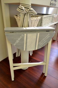 Provence Style, Type 3, Entryway Tables, Facebook, Country, Furniture, Home Decor, Decoration Home, Rural Area