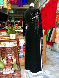 Buy Fabric Online, Beautiful Hijab, Ao Dai, Traditional Dresses, Beaded Embroidery, Muslim, Fancy, Suits, Cloths