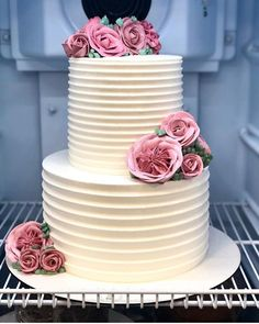 7 Precautions You Must Take Before Attending Nigerian Wedding Cakes - 7 Precautions You Must Take Before Attending Nigerian Wedding Cakes - nigerian wedding cakes Diy Wedding Cake, Buttercream Wedding Cake, Wedding Cakes With Cupcakes, Wedding Cake Designs, Wedding Blog, Pretty Cakes, Beautiful Cakes, Amazing Cakes, Cake Decorating Techniques