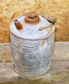 Vintage 1 Gallon Kerosene Can - Country Primitive Decor from MuleWagon.com       This Old Kerosene Can is used, has Rust, Dents and looks really good hanging from the rafters.    Sold for Display only.