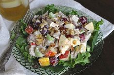 Make healthy, light and creative salads to break your lunch or dinner rut with a fruit-and-veggie party on your plate. Salad Dressing Recipes, Chicken Salad Recipes, Healthy Salad Recipes, Healthy Snacks, Healthy Eating, Chicken Salads, Slaw Recipes, Salad Dressings, Fruit Recipes