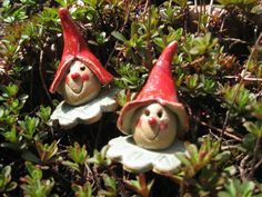 Garden Ornaments, Christmas Ornaments, Hand Built Pottery, Plant Markers, Fairy Doors, Sculpture, Leprechaun, Clay Creations, Yard Art