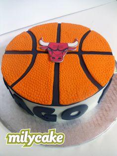 Chicago Bulls Fondant Cake