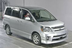 Japanese vehicles to the world: 2004 Toyota Noah S 4WD for Uganda to Mombasa with ...