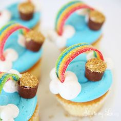 Many of us have wondered what's at the end of a rainbow. Some say it's a pot of gold which is all fine and dandy but what about the other end? My hope is cupcakes, particularly rainbow cupcakes but...