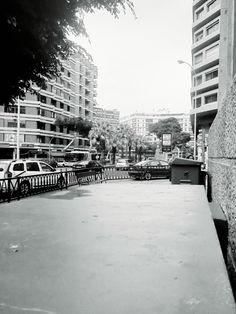 Fragmentos de la urbe 38. #design #graphicdesign #diseñografico #diseño #streetphotography #fotografiadelacalle #picoftheday #fotodeldia #matostudiodesign @matostudio #blackandwhitephotography #blancoynegro #photoshoot https://www.facebook.com/MatostudioDesign/