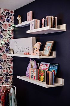 Navy and Pink Girl's Room with Shelving Big Girl Rooms Navy pink room Shelving Cool Kids Bedrooms, Kids Bedroom Designs, Kid Bedrooms, Boy Rooms, Bedroom Kids, Kids Rooms, Childrens Room, Dressing Room Design, Ideas Hogar