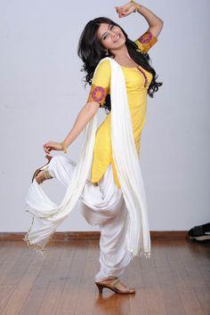 Samantha New Old Photos from Jabardasth movie