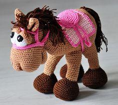 Ravelry: Horse Paula pattern by S. Hawlik