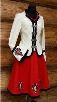 strój polski inspirowany wzorami ludowymi