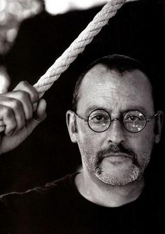 Jean Reno - absolutely love him! Jean Reno, Famous Men, Famous Faces, Star Francaise, Divas, Andy Garcia, Actrices Hollywood, People Of Interest, Robert Redford