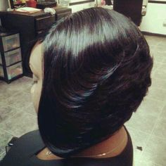 Very nice feathered bob. Love Hair, Great Hair, Gorgeous Hair, Beautiful, Weave Hairstyles, Pretty Hairstyles, Black Hairstyles, Wedding Hairstyles, Crazy Hairstyles
