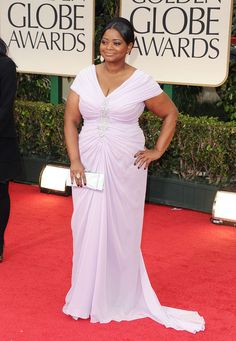 Octavia Spencer rocked a lavender chiffon cap sleeved Tadashi Shoji gown.  I'm not too thrilled about the fit of the gown (It's not very flattering) HOWEVER, the lavender color of it looks amazing on her skin.  She has a very strong, BLACK WOMAN stance so it would only be right to pair this outfit with.... Black Woman by Jazz Oils.