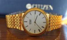 Este es otra maravilla de reloj que se ha visto. tambien es un poquito de oro en la pulserilla. El precio espera a los compradores muy mayor