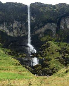 #fjaorargljufur #iceland #waterfall