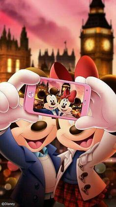 I mean, this pic is cute and all, but you have a front facing camera on your phone, Minnie  Imma still post it tho ❤