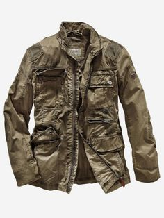 Men's Leather Jackets: How To Choose The One For You. A leather coat is a must for each guy's closet and is likewise an excellent method to express his individual design. Leather jackets never head out of styl Stylish Men, Men Casual, Leather Men, Leather Jacket, Jacket Men, Types Of Jackets, Men's Jackets, Field Jackets, Jacket Types