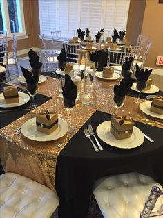 Black and gold decorations for table