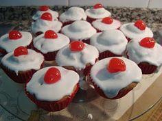 Receita Cupcakes de Baunilha e Cobertura de Glace sabor a Limão de A Cozinha da Marcia Tavares - Petit Chef