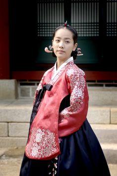 korean actress hanjimin in hanbok #hanbok