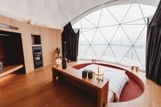 RIKA Pellet-Heizeinsatz REVIVO in der Zen Pod Suite des whitepod eco-luxury hotel in Valais