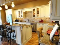Elegant The Solid Wood Cabinet Company Just Opened A Woodbridge Showroom, With  Great Kitchens At Discount Prices   Solid Wood Cabinets   Pinterest    Cabinet ...