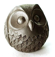 Owl Sculpture Figurines sculpture of bird sculpture owl statuette owl paperweight owl figurine boho chic bird Owl miniature Cold Cast Iron by VyaArt Bird Sculpture, Animal Sculptures, Bronze Sculpture, Garden Sculptures, Ceramic Sculptures, Garden Owl, Garden Whimsy, Garden Junk, Garden Sheds
