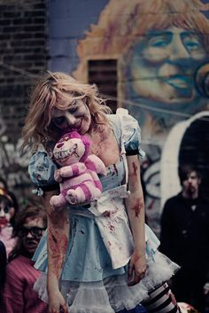 Already have the costume & 1 kids being a (not your average though) so Idea.Zombie Alice in Wonderland.I may do this costume this year Scary Halloween Costumes, Halloween Cosplay, Cool Costumes, Zombie Costumes, Costume Ideas, Alice In Wonderland Makeup, Wonderland Costumes, Zombie Walk, Samhain