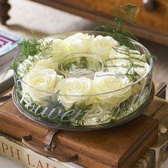 Heel mooi en niet alleen voor in de zomer te gebruiken. Wij Nederlanders hebben de luxe van een heel jaar door een grote voorraad aan bloemen. Genieten.