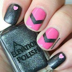 Dark gray/ pink nails