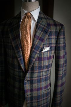 Seersucker Doublebreasted Suit for Summer! Mens Fashion Blazer, Trend Fabrics, Suit Shirts, Suit Accessories, Men's Suits, Men Style Tips, Dress For Success, Sports Jacket, Winter Sports