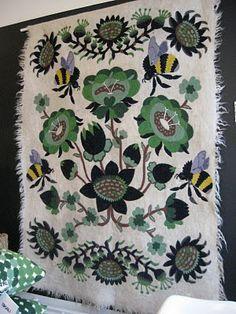 "Klaus Haapaniemi ""Bombroo"" for Tikau Bumble Bees Home Textile, Textile Design, Textile Art, Fabric Design, Pattern Design, Surface Pattern, Surface Design, New Artists, Folk Art"