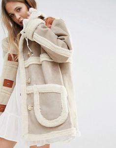 253 meilleures images du tableau Fashion Focus   SHEARLING   Fur ... 054225c444b