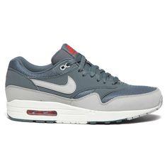finest selection 6b9be 8e09e Air Max 1 Essential by Nike Sportswear Air Max 1, Nike Air Max, Vêtements