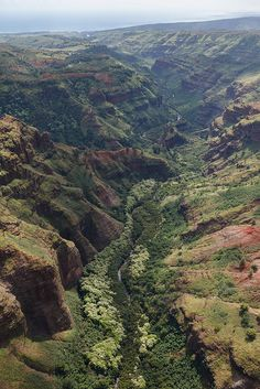 Kauai, Hawaii by Cargo Cult, via Flickr