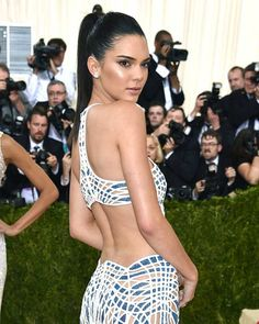 How to get Kendall Jenner's perfect high pony.