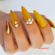 """""""your success is our reward"""" – Ugly Duckling Nails Inc. Beautiful mustard nails by Ugly Duckling Benelux Distributor and Family Member 😍Ugly Duckling Nails is dedicated to keeping love, support, and positivity flowing in our industry ❤️ Glam Nails, Bling Nails, Stiletto Nails, Cute Nails, Glitter Nails, Fall Nail Art Designs, Cute Nail Designs, Gel Polish Designs, Nails Inc"""