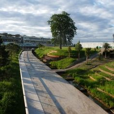 A map of the best contemporary landscape architecture projects from around the world. Park Landscape, Landscape Architecture, Landscape Design, Public Garden, Contemporary Landscape, Courses, Paths, Sidewalk, Around The Worlds