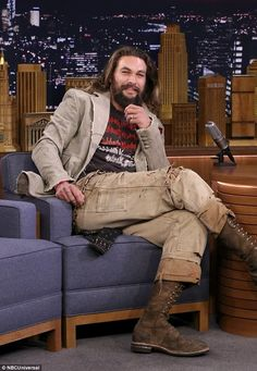 Chat show chic:When he swung by Monday's episode of The Tonight Show Starring Jimmy Fallon, Jason was wearing many of the same garments he'd modeled on his walk with Lisa