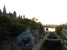 Museu Bytown e Canal Rideau #viajarcorrendo #canalrideau #ottawa #canada #majorshill #bywardmarket #mercadobyward #beavertails #queuesdecastor #nepeanpoint #champlain