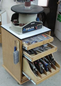 Multi-purpose tool cart - by wuddoc @ LumberJocks.com ~ woodworking community
