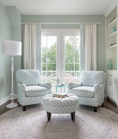 6 Amazing Bedroom Chairs For Small Spaces / bedroom chairs, modern chairs, design inspiration #bedroomchairs #modernchairs #interiordesign  For more inspiration, read this article: http://modernchairs.eu/amazing-bedroom-chairs-small-spaces/