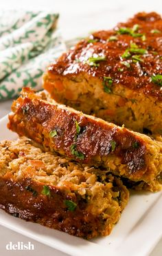 This Vegan Meatloaf is actually made of chickpeas! Get the recipe at Delish.com. #recipe #easy #easyrecipes #delish #vegan #meatloaf #chickpeas #veganrecipes #vegetarian #comfortfood #carrots