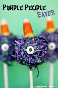 Halloween Purple People Eater Marshmallow Pops