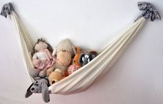 Sweet little DIY toy hammock. Perfect for a nursery! Girl Nursery, Girl Room, Nursery Ideas, Room Ideas, Toy Hammock, Deco Kids, Diy Bebe, Ideias Diy, Toy Rooms