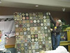 cute 9-patch quilt setting