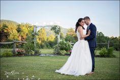 Beams, Burlap, Wedding Dresses, Fashion, Bride Dresses, Moda, Bridal Gowns, Hessian Fabric, Alon Livne Wedding Dresses