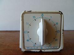vintage kitchen timer