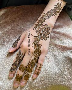 Latest Arabic Mehndi Designs, Floral Henna Designs, Henna Tattoo Designs Simple, Beginner Henna Designs, Full Hand Mehndi Designs, Mehndi Designs For Girls, Mehndi Design Photos, Beautiful Mehndi Design, Dulhan Mehndi Designs